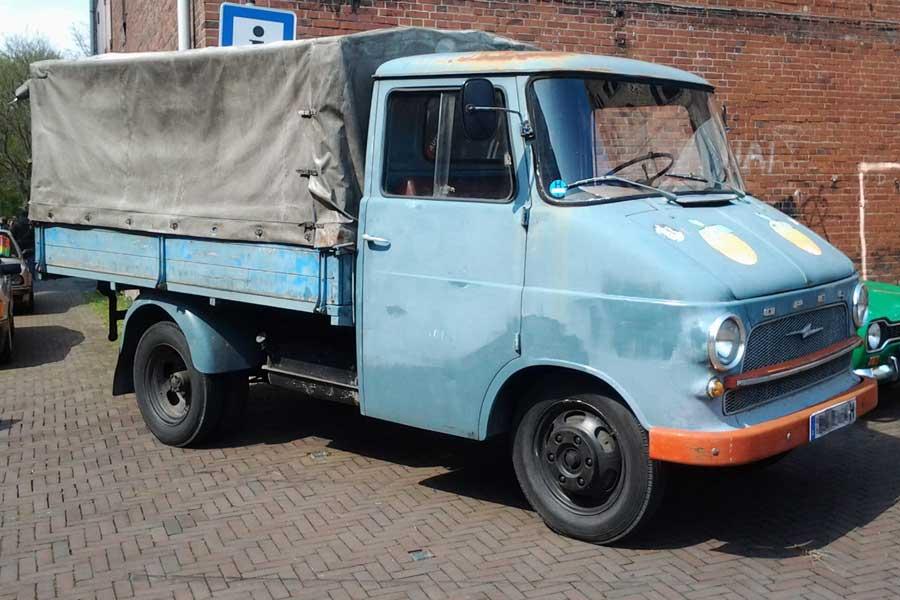 Opel Transporter mit H-Kennzeichen