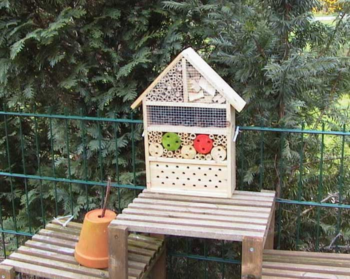 Bienenhotel Insektenhotel