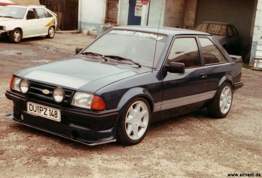 Aus den 80er Jahren - Der Ford Escort RS1600i