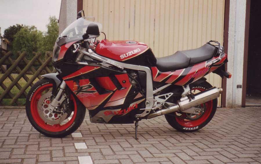 1992 die Suzuki GSXR 1100 mit 150 PS