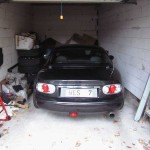 MX5 Winterzeit in der Garage Winterschlaf