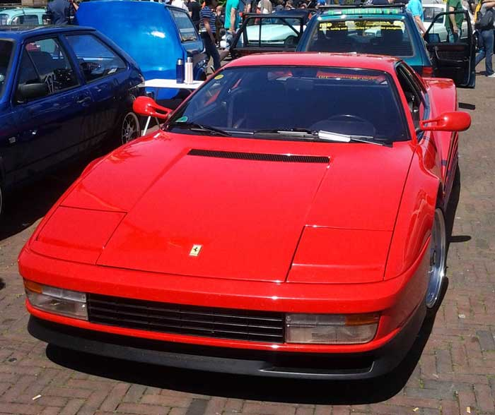 Ferrari Testarossa - 1985 bis 1992 in Rot